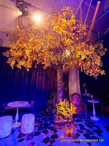 gold-tree-qqag4w-space2